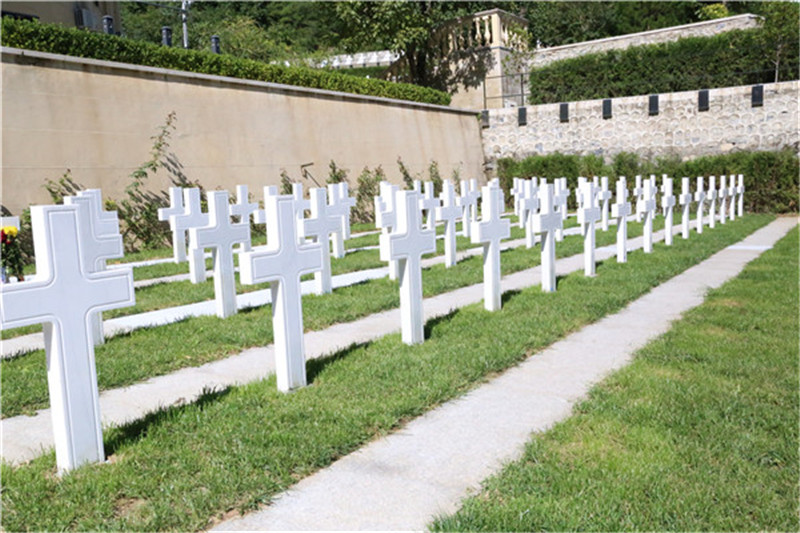 九公山长城纪念林墓地