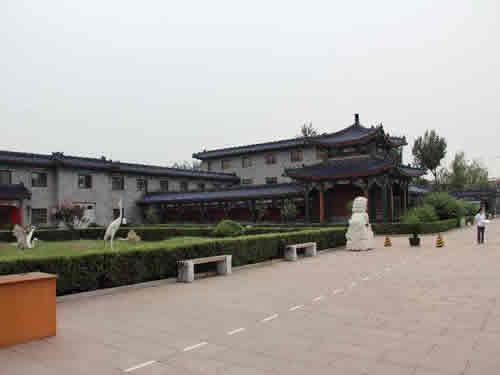 东郊殡仪馆办事厅