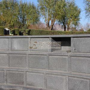 普渡园东半区壁葬