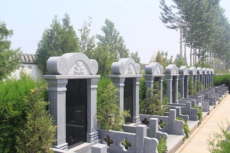 公墓墓区环境