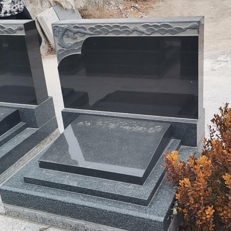 荷茂园艺术立碑01