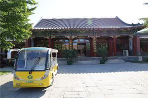 礼仪服务车